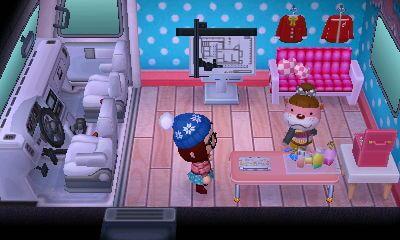 【オートキャンプ場】タクミのキャンピングカーとオーダーできる家具